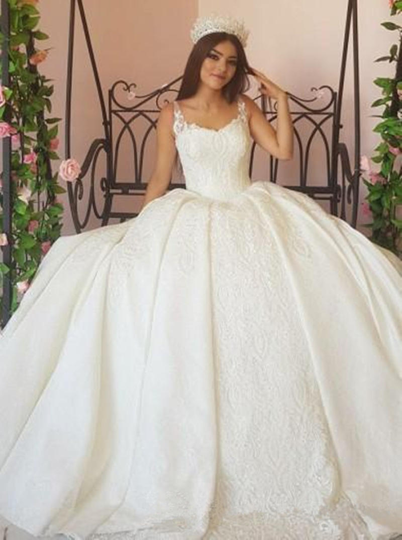 Großhandel Hochzeitskleid Pageant Princess Gown Brautkleider Spaghetti  Trägern Spitze Appliziert Geraffte Lange Brautkleider Plus Size Elegantes